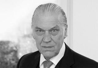Dr. Sven Thomas
